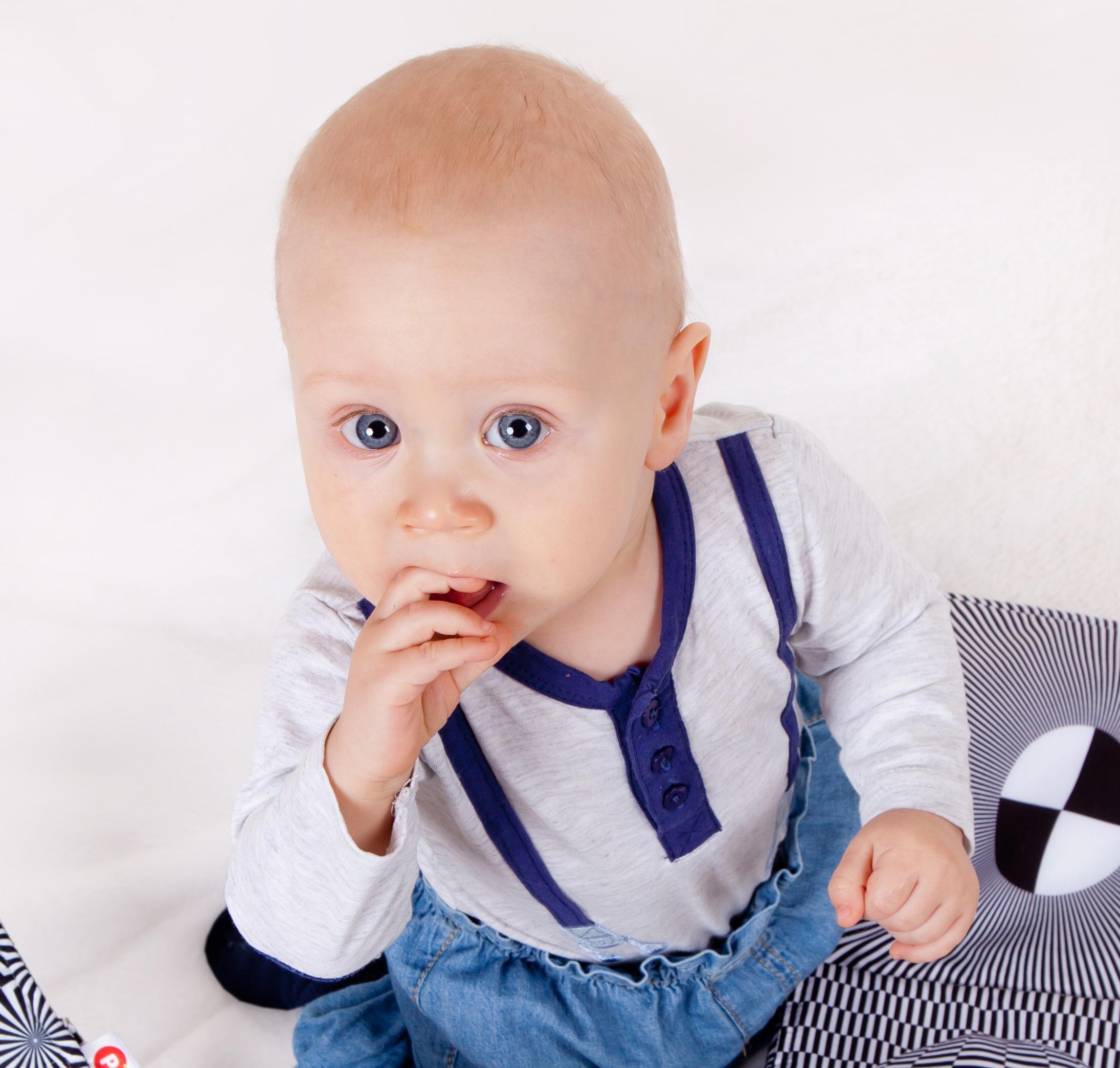 child-304520933